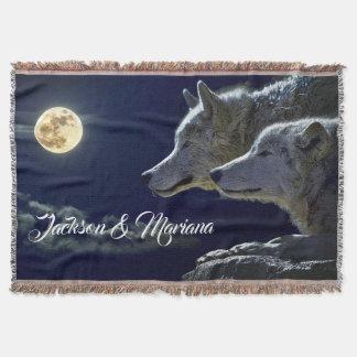 Couvertures Loups gris sous une pleine lune