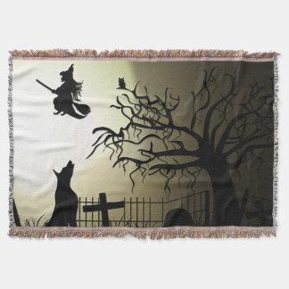Couvertures Sorcière de Halloween et chien d'hurlement