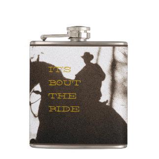 Cowboy c'est accès le tour flasques