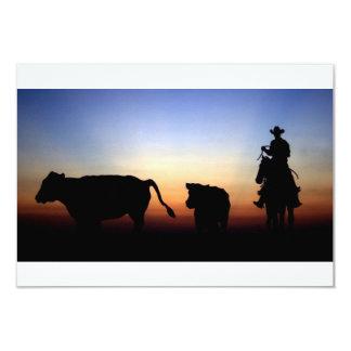 Cowboy de coucher du soleil carton d'invitation 8,89 cm x 12,70 cm