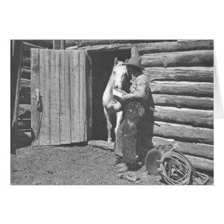 Cowboy lisant une lettre carte de vœux