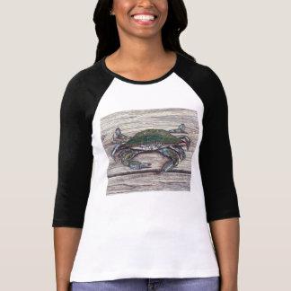 Crabe bleu sur le T-shirt des femmes de dock