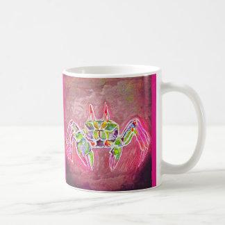 Crabe de fantôme dans le rose mug