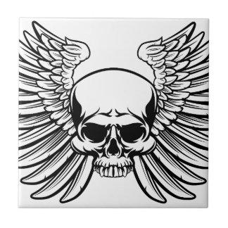 Crâne avec des ailes petit carreau carré