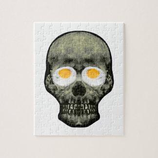 Crâne avec des yeux d'oeuf au plat puzzles