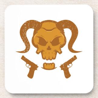 Crâne avec l'arme à feu dessous-de-verre