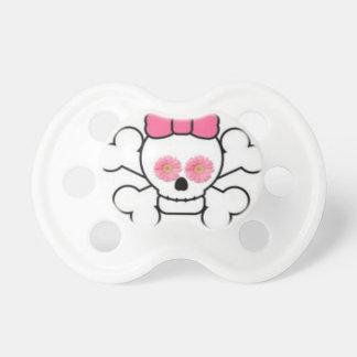 Crâne blanc Girly et tétine rose de marguerite