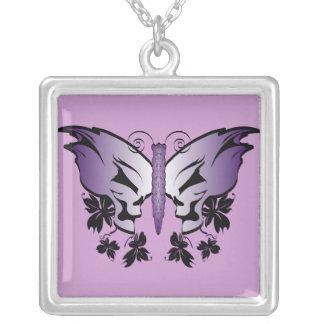Crâne de papillon - pourpre pendentif carré