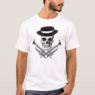 Crâne de Ska avec des os croisés de trompette T-shirt