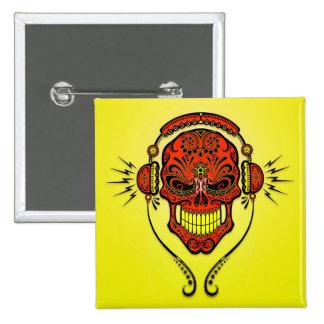 Crâne de sucre du DJ - rouge et jaune Pin's
