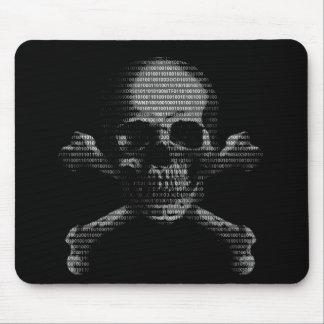 Crâne et os croisés de pirate informatique tapis de souris