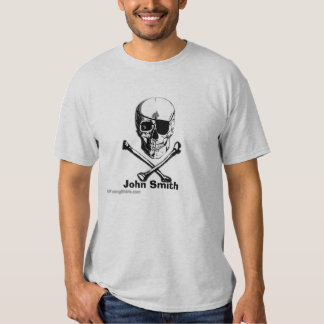 Crâne et pirate personnalisés d'os croisés t-shirt