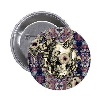 Crâne fait de pavots et papillons badges