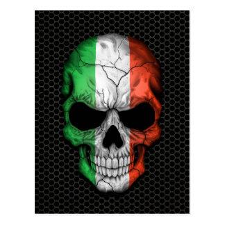 Crâne italien de drapeau sur le graphique en acier carte postale