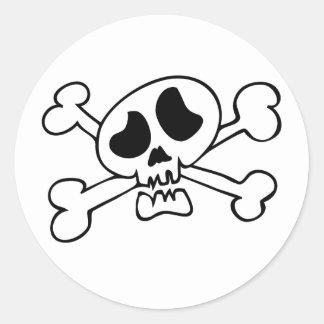 Crâne principal de bande dessinée sticker rond
