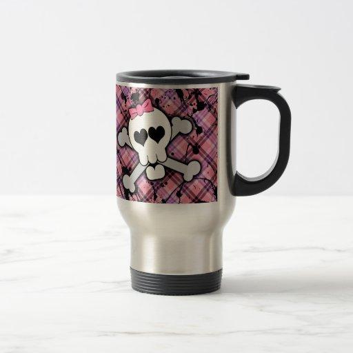 Crâne rose et os croisés avec les coeurs et l'arc mugs à café