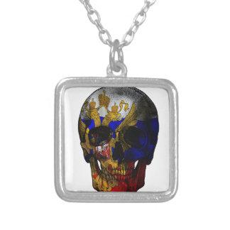 Crâne russe de drapeau pendentif carré