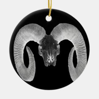 crâne unique et fait main de chèvre ornement rond en céramique