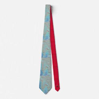 Cravate bleue brillante