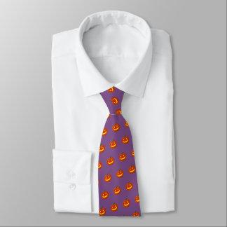 Cravate Citrouille de sourire de Halloween (pourpre)
