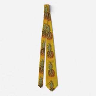 CRAVATE colorée de plan rapproché d'ananas