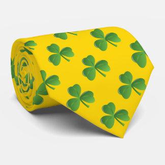 Cravate Couleur chanceuse d'or de shamrock de feuille de