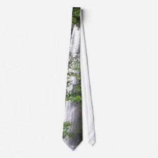 Cravate de cascades