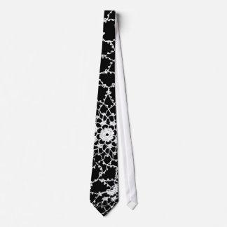 Cravate de conception de dentelle de Tatted