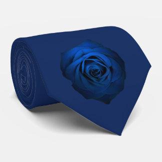 Cravate de rose de bleu