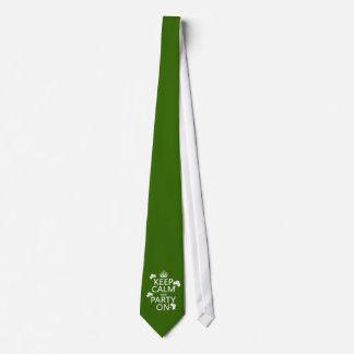 Cravate Gardez le calme et la partie sur (Irlandais)