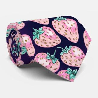 Cravate Motif rose de fraise sur l'arrière - plan pourpre