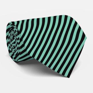 Cravate Noir de filet et couleur en bon état du vert  