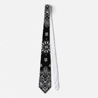 Cravate noire de Bandana