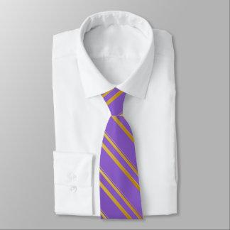 Cravate Rayures d'or sur la violette ou (votre couleur)