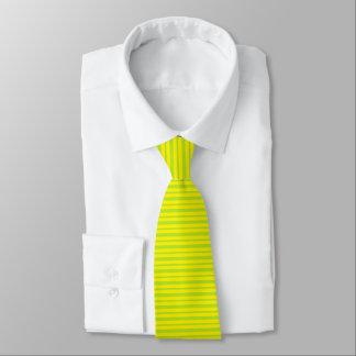 Cravate Rayures épaisses et minces de vert et de jaune de