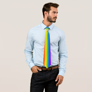 Cravate verticale de fierté d'arc-en-ciel