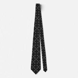 Cravates Croix ornées de bijoux argentées gothiques