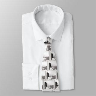 Cravates Keeshond à la crique de l'ombre