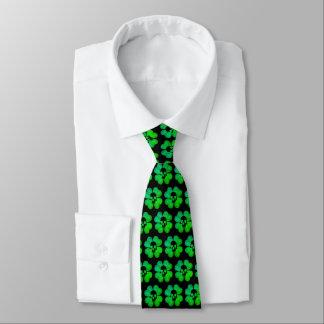 Cravates Motif éffrayant de shamrock de crâne