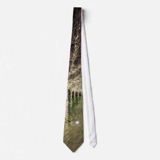 Cravates Passage couvert rougeoyant d'arbres