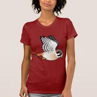 Crécerelle américaine en vol t-shirt