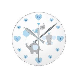 Crèche grise de bébé de gris bleu d'éléphant de horloge ronde