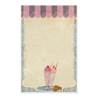 Crème glacée et papeterie de biscuits