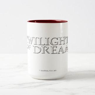 Crépuscule de tasse à deux tons de rêves