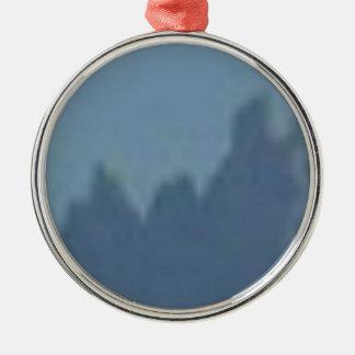 crêtes d'ombre ornement rond argenté