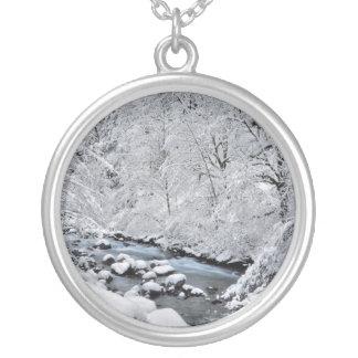 Crique de blanc de Milou pittoresque, Orégon Pendentif Rond