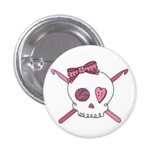 Crochets de crâne et de crochet (rose) badges