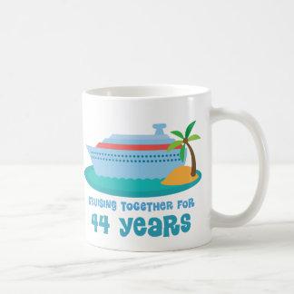 Croisière ensemble pendant 44 années de cadeau mug