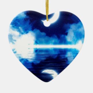 Croissant de lune au-dessus de ciel étoilé ornement cœur en céramique