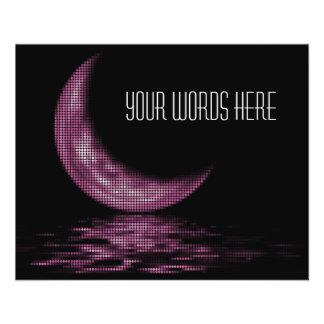 Croissant de lune de réflexion sur le rose de lac prospectus en couleur